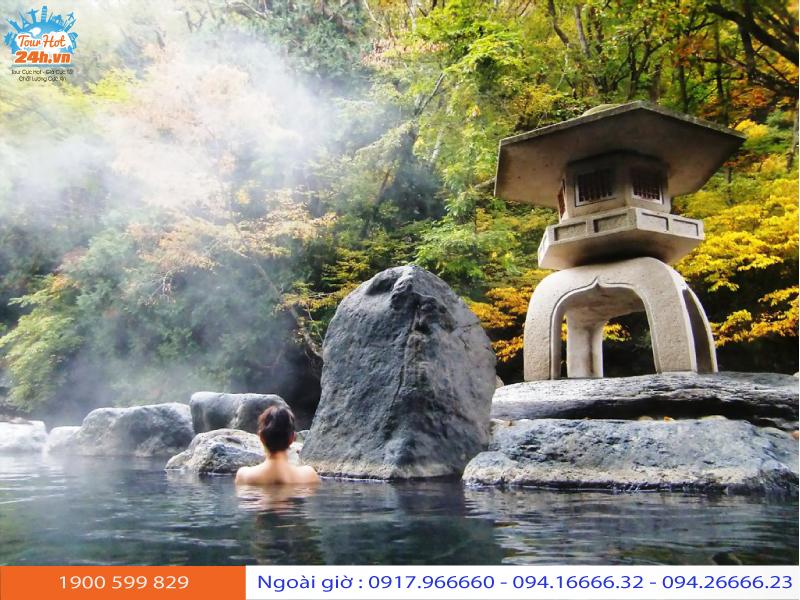 tour du lịch Nhật Bản tháng 10