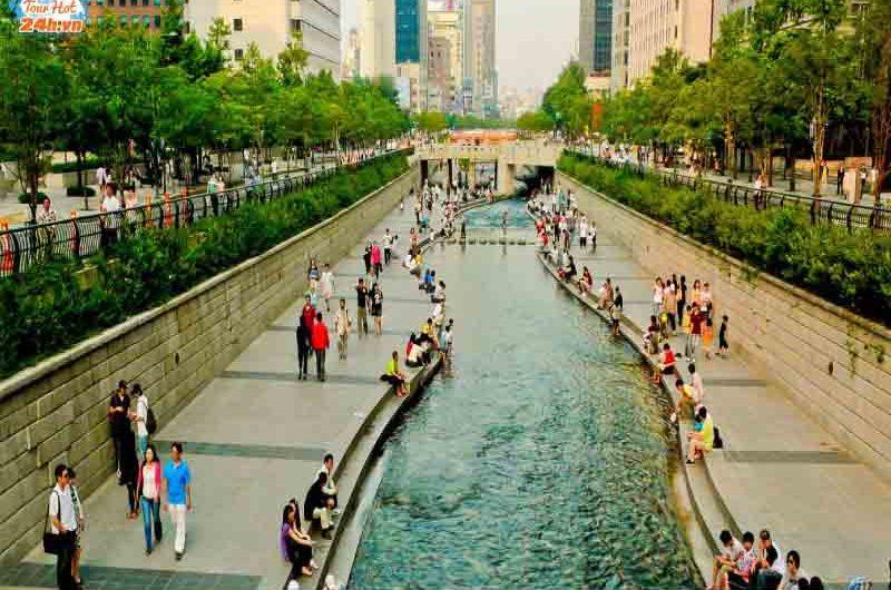 suối Cheonggyecheon Hàn Quốc