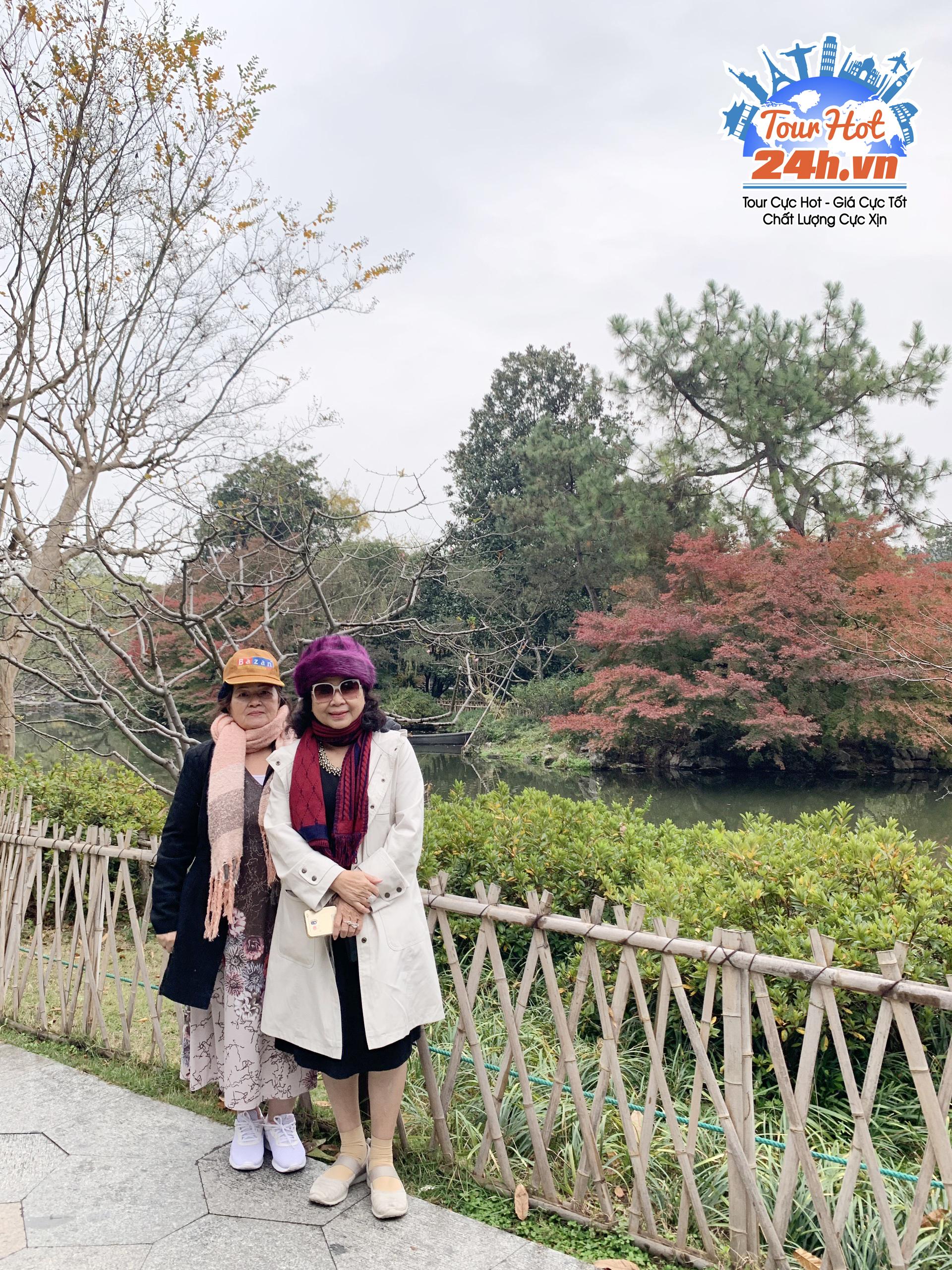 Khách hàng tour Hoàng Sơn
