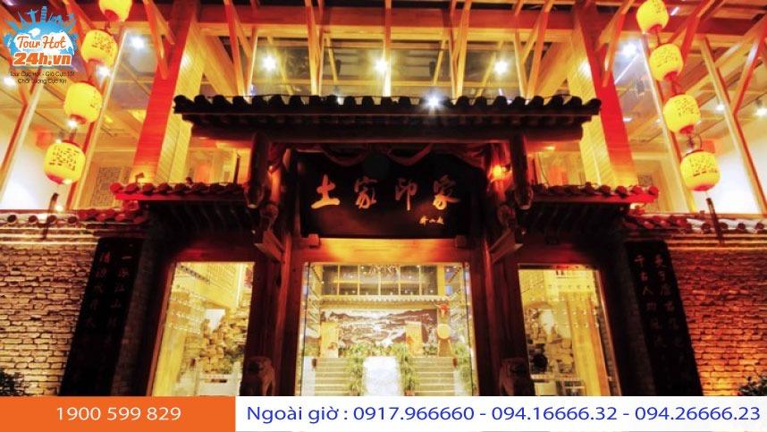 nha-hang-an-tuong-tujia