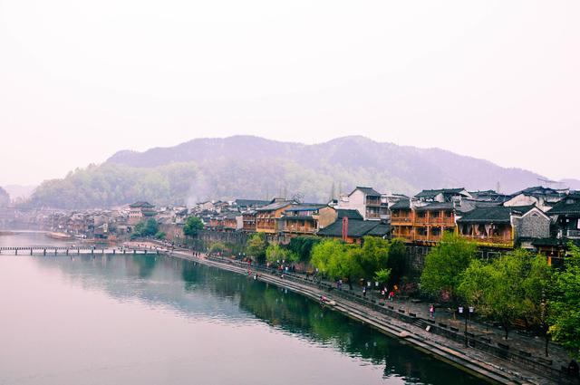 phuong-hoang-co-tran-mua-dong-co-dep-khong_4