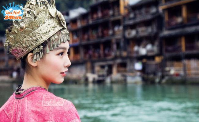 review-phuong-hoang-co-tran-tu-tuc