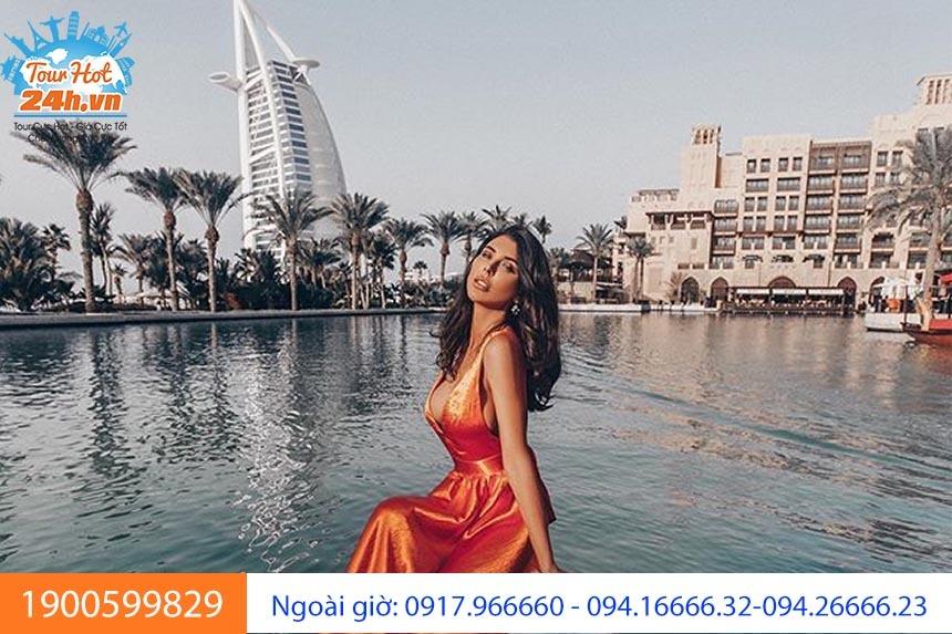 Khách sạn bãi biển Jumeirah
